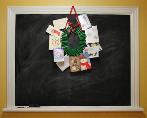 DIY Christmas Card Holder Wreath on DIY Chalkboard