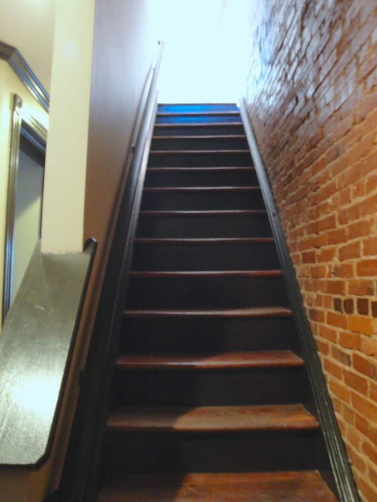 Stairs 2 to 3