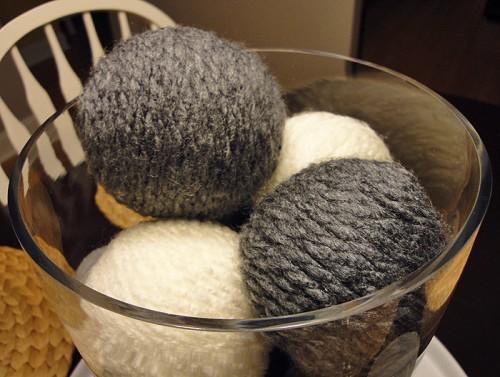 Warm Fuzzies Yarn Centerpiece