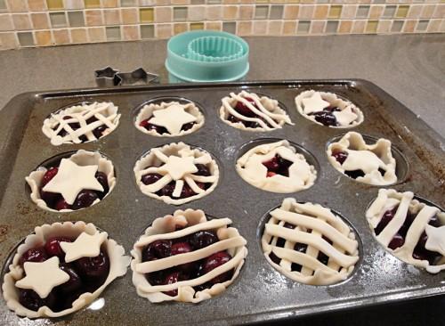 mini cherry pies